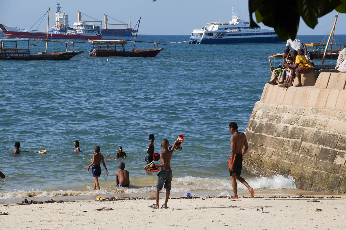 kids enjoying swimming in Stonetown