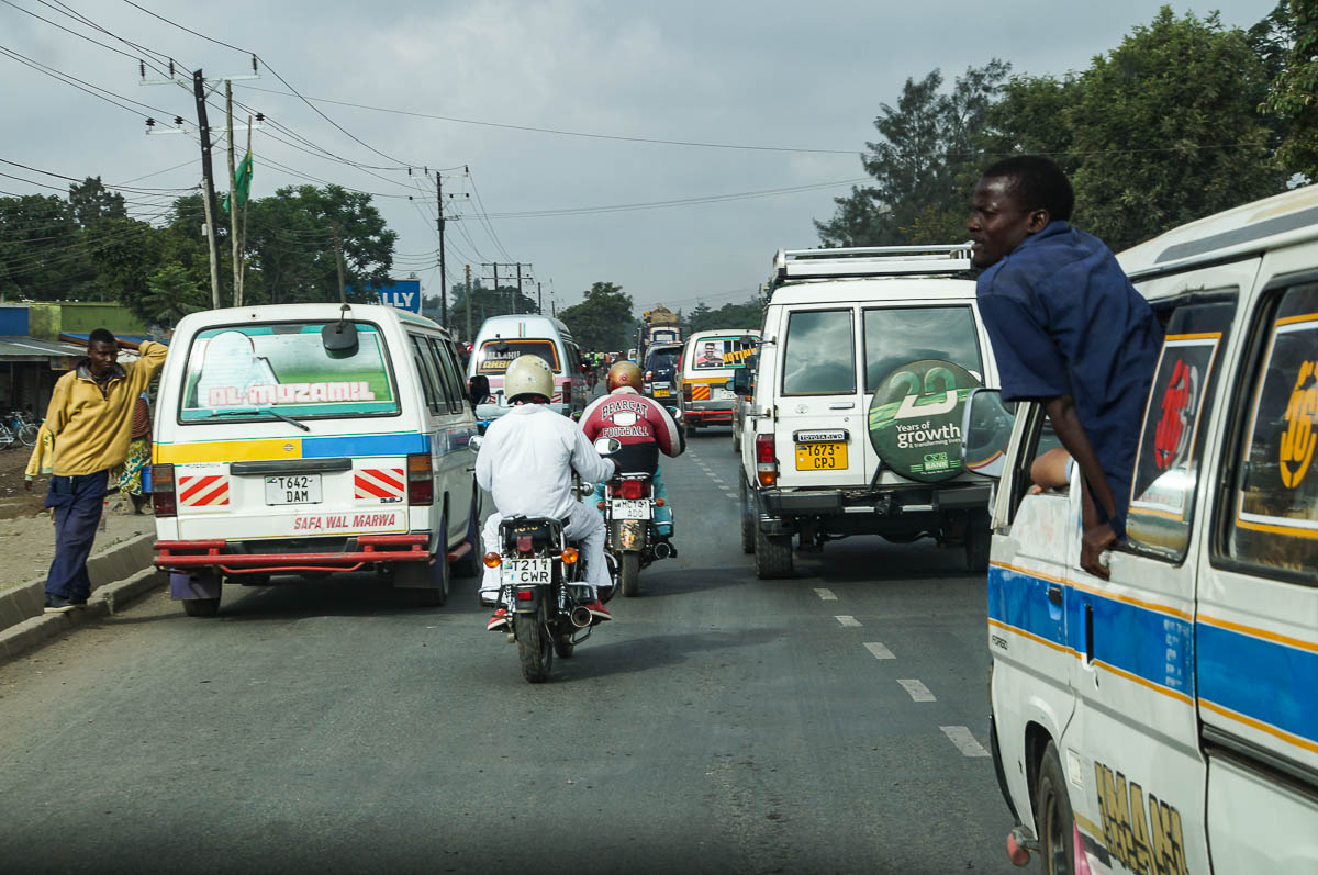 chaotic traffic in Arusha